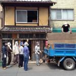改修2日目(7/22):木材回収